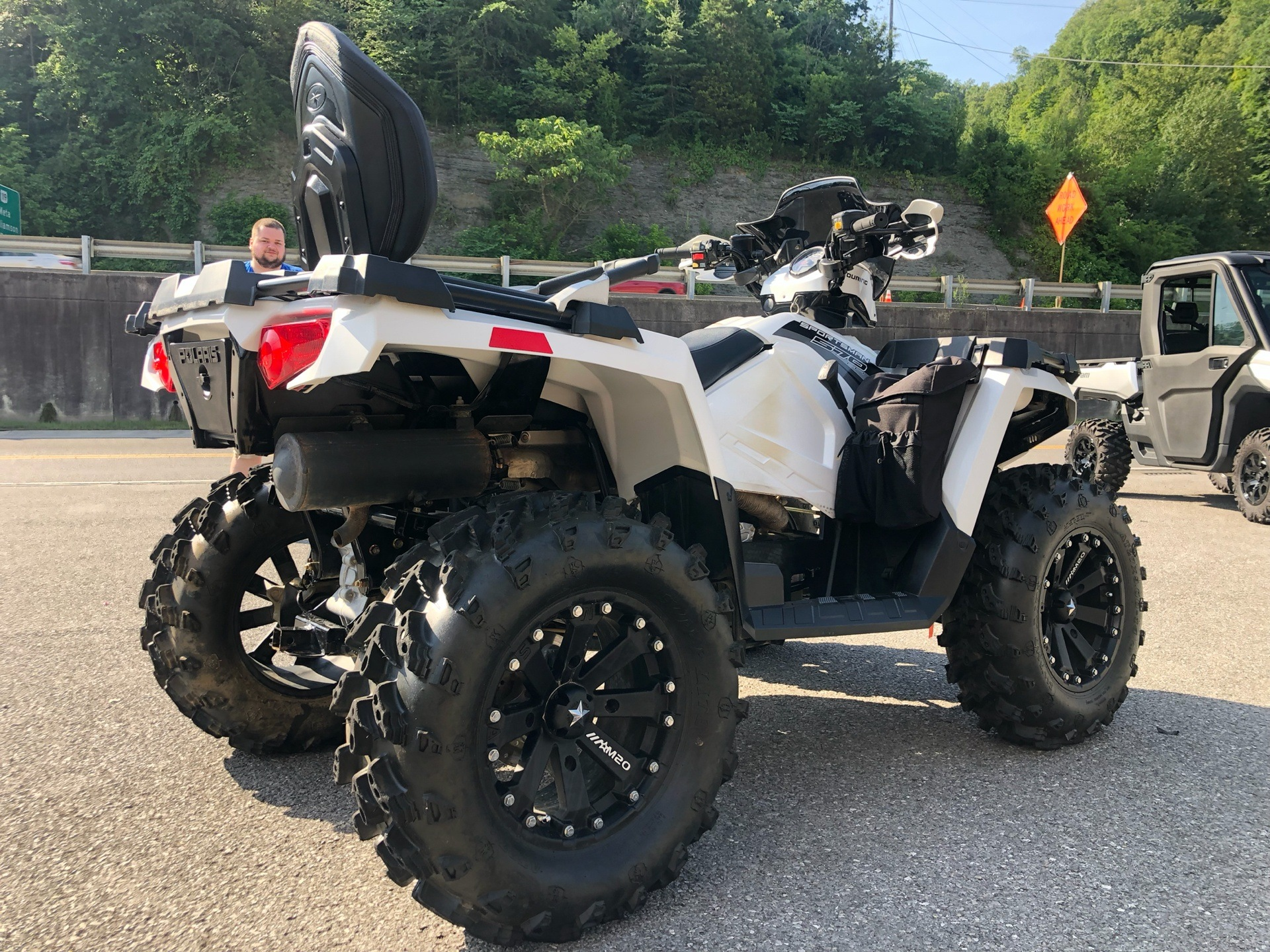 2017 Polaris Sportsman Touring 570 EPS in Pikeville, Kentucky - Photo 6