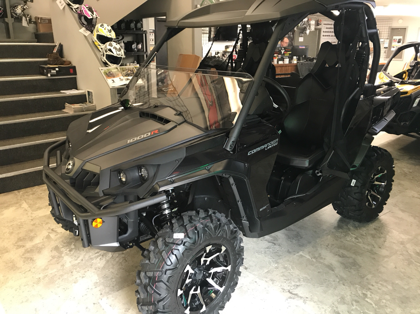 2019 Can-Am Commander Limited 1000R in Pikeville, Kentucky