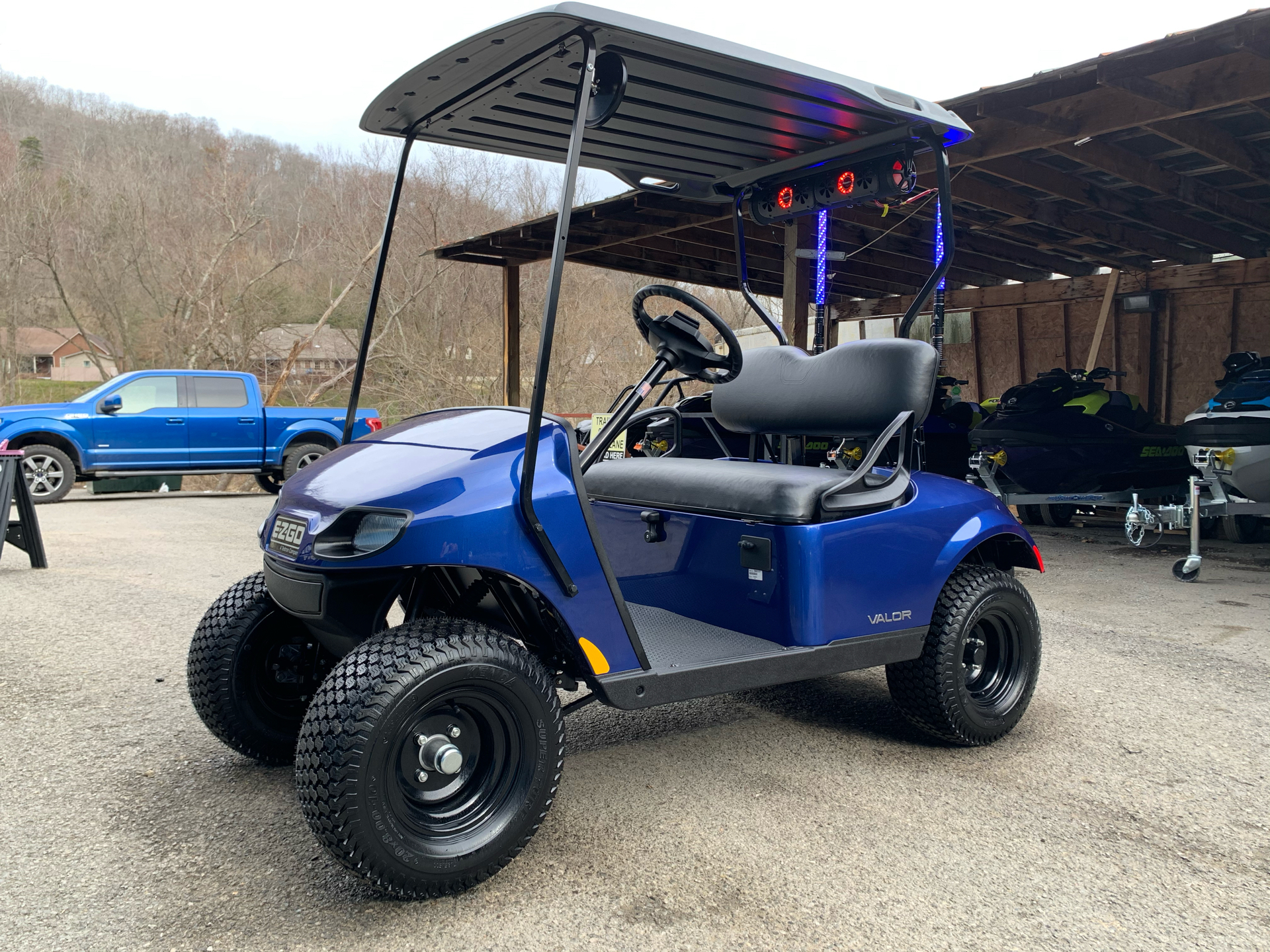 2021 E-Z-GO TXT Valor G EX1 EFI in Pikeville, Kentucky - Photo 3