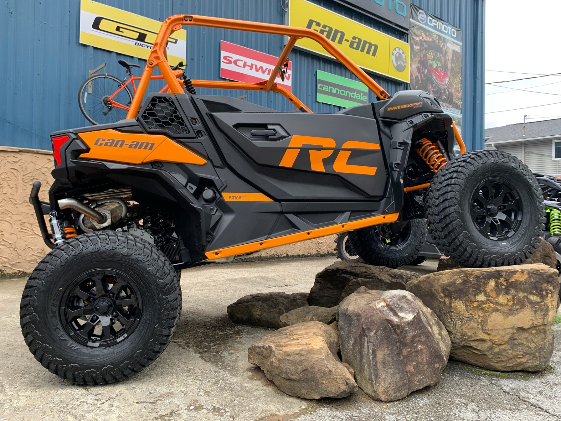 2020 Can-Am Maverick Sport X RC 1000R in Pikeville, Kentucky - Photo 1