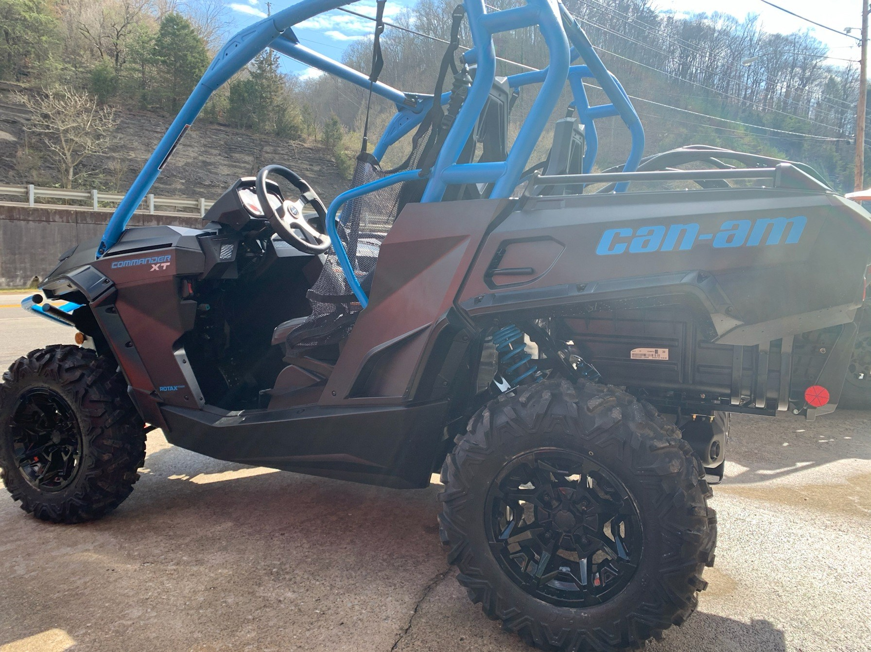 2020 Can-Am Commander XT 800R in Pikeville, Kentucky - Photo 4