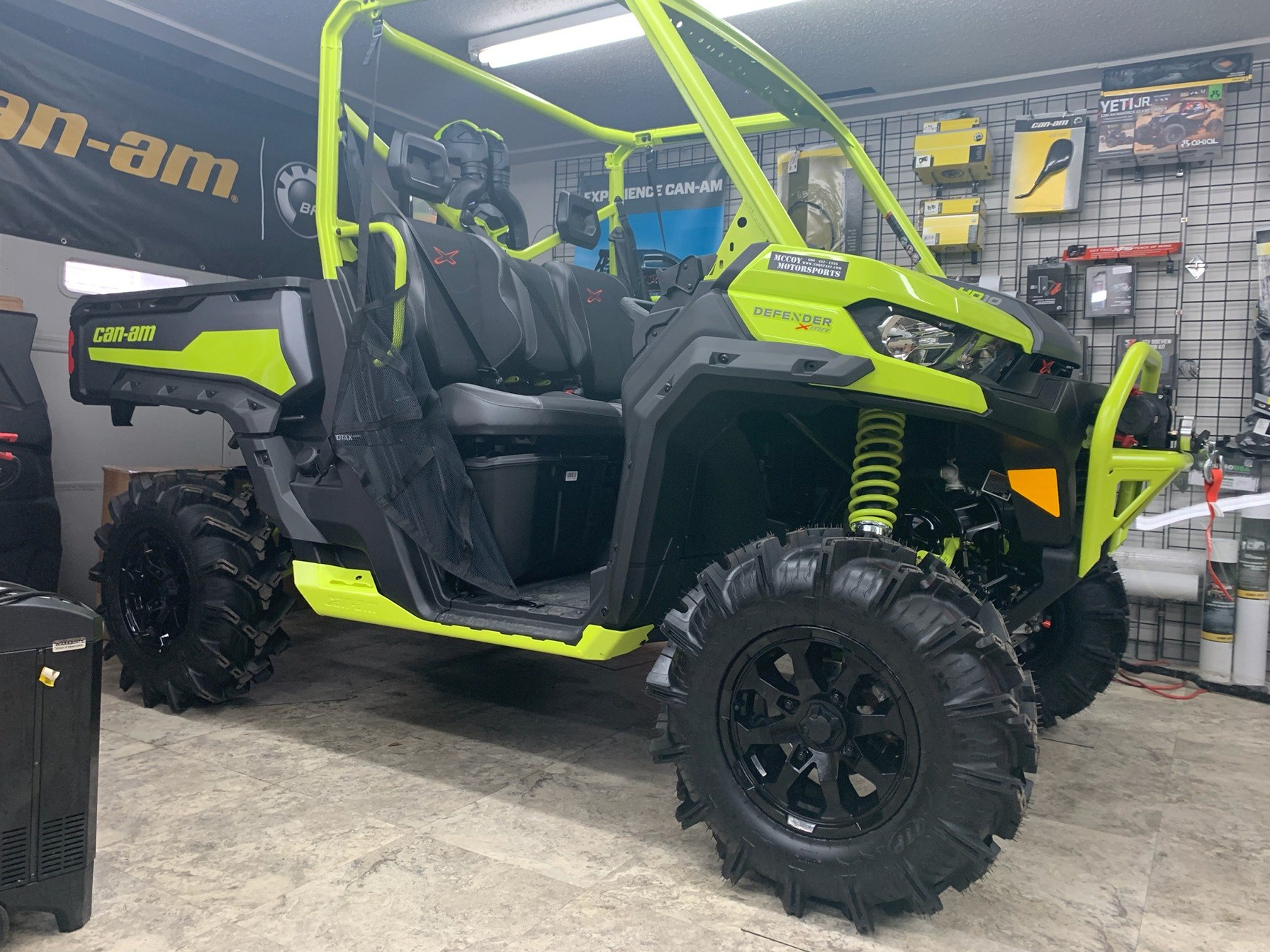 2020 Can-Am Defender X MR HD10 in Pikeville, Kentucky - Photo 12
