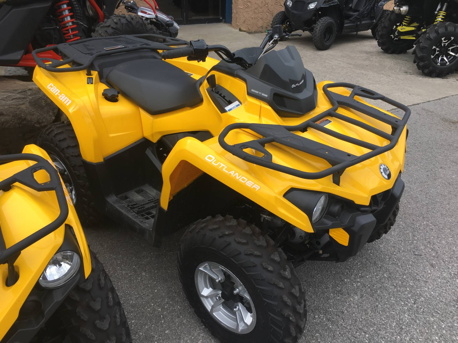 2017 Can-Am Outlander DPS 450 in Pikeville, Kentucky