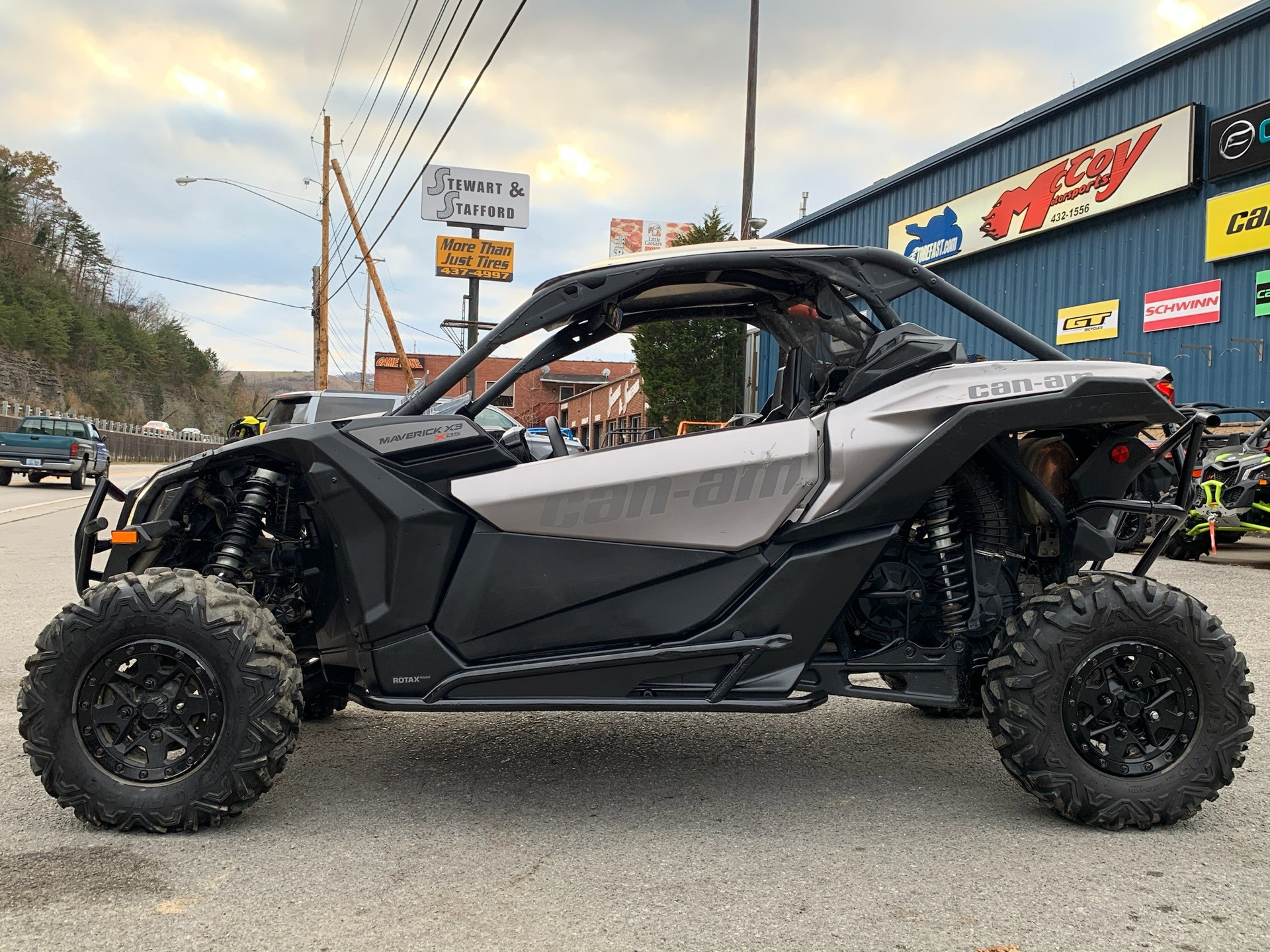 2018 Can-Am Maverick X3 X ds Turbo R in Pikeville, Kentucky - Photo 1