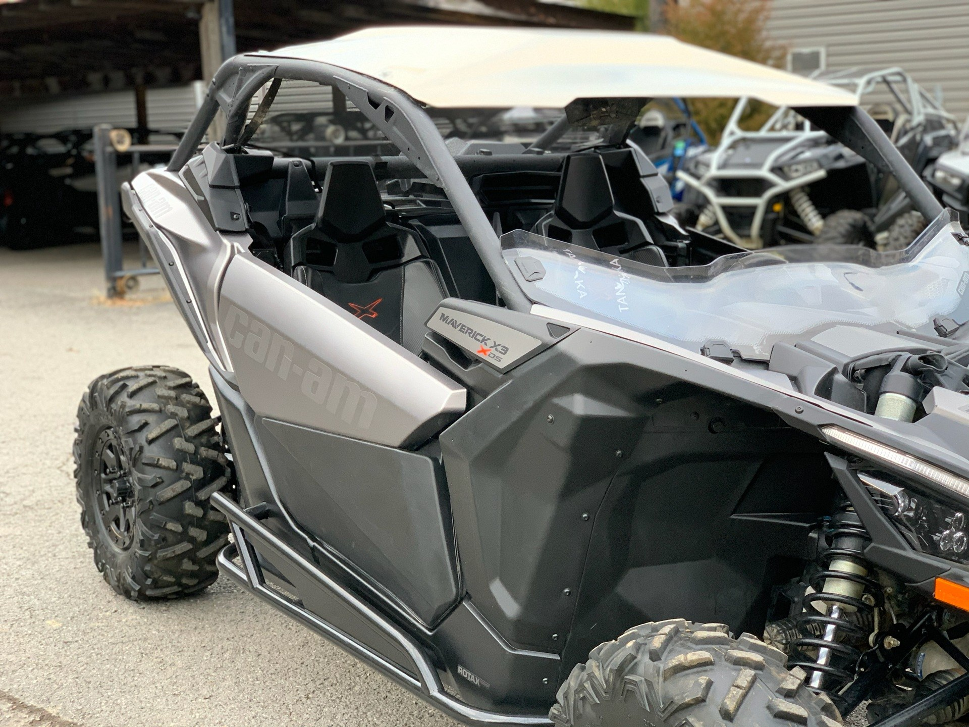 2018 Can-Am Maverick X3 X ds Turbo R in Pikeville, Kentucky - Photo 5