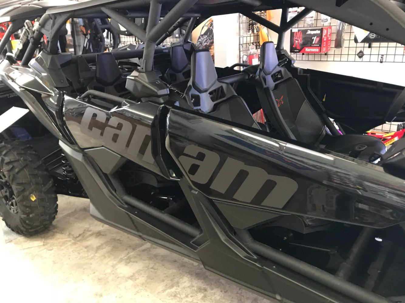 2017 Can-Am™ Maverick X3 Max X rs Turbo R 4