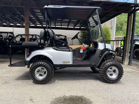 2018 E-Z-GO Express S4 Gas in Pikeville, Kentucky