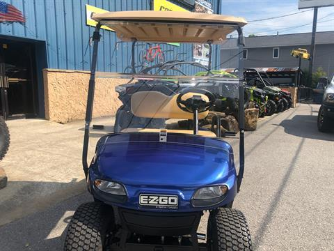 2019 E-Z-Go TXT Valor Gasoline in Pikeville, Kentucky - Photo 2