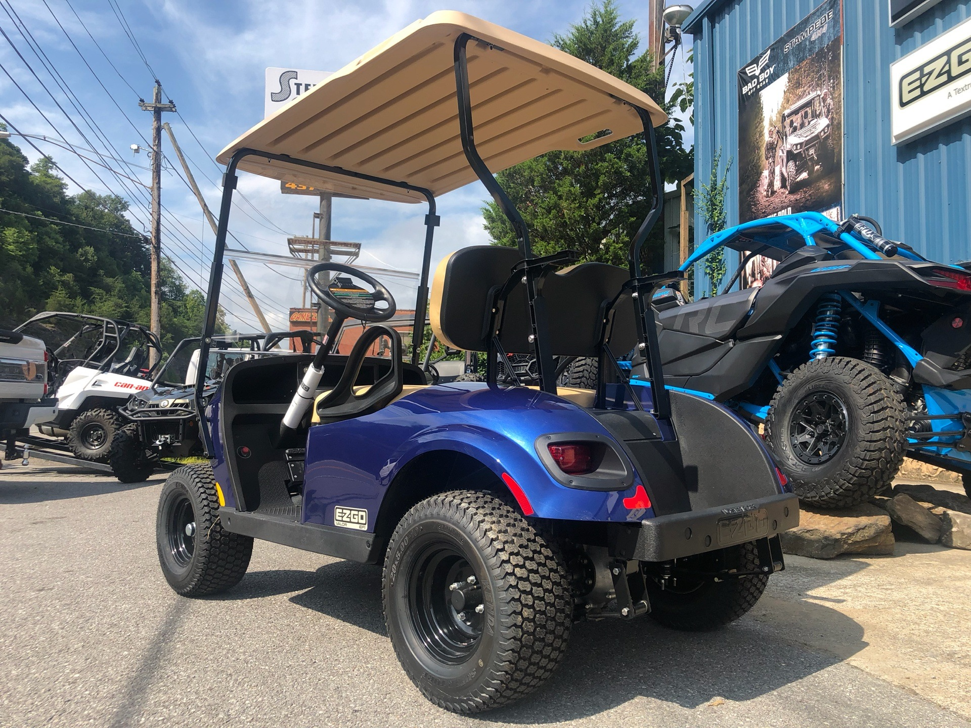 2019 E-Z-Go TXT Valor Gasoline in Pikeville, Kentucky - Photo 4