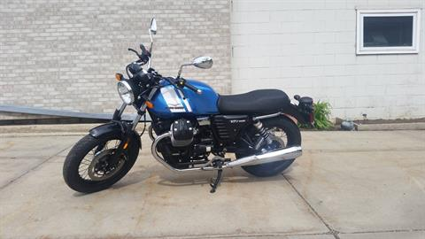 2016 Moto Guzzi V7 Special in Middleton, Wisconsin - Photo 2