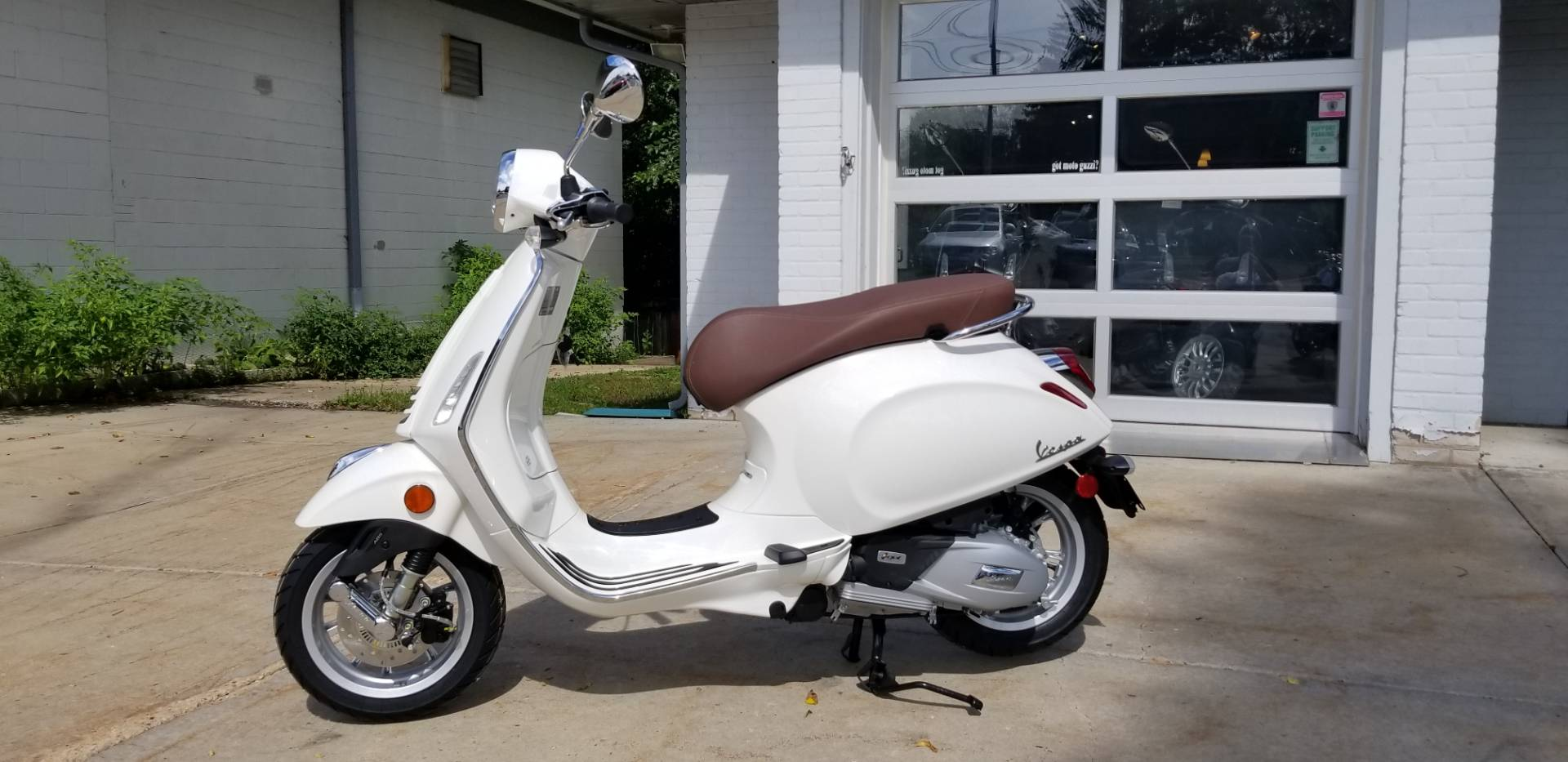 2019 Vespa Primavera 150 in Middleton, Wisconsin - Photo 2