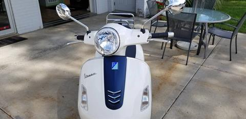 2019 Vespa GTS 300 Yacht Club Special edition in Middleton, Wisconsin - Photo 4