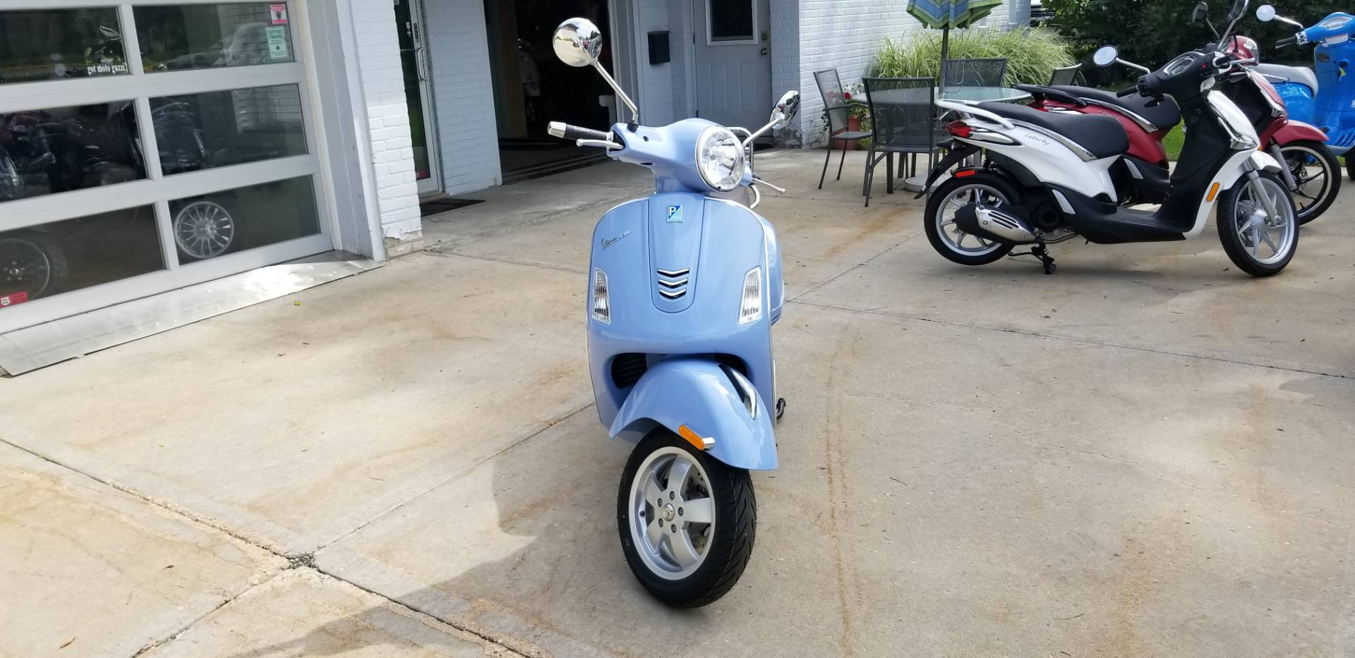 2019 Vespa GTS 300 in Middleton, Wisconsin - Photo 4