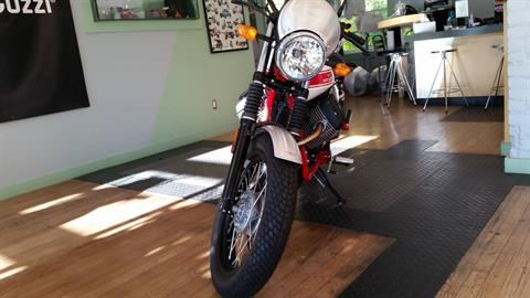 2016 Moto Guzzi V7 Stone Stornello in Middleton, Wisconsin