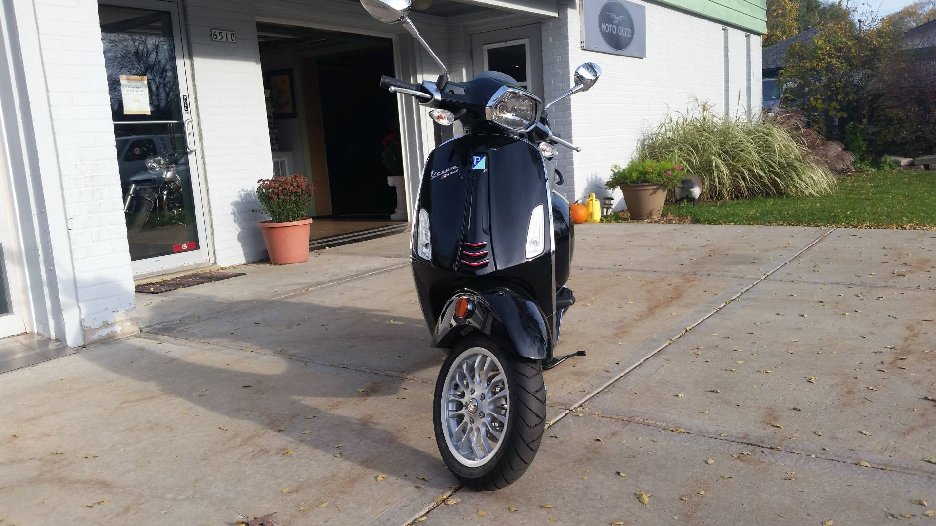 2016 Vespa Sprint 150 in Middleton, Wisconsin - Photo 4