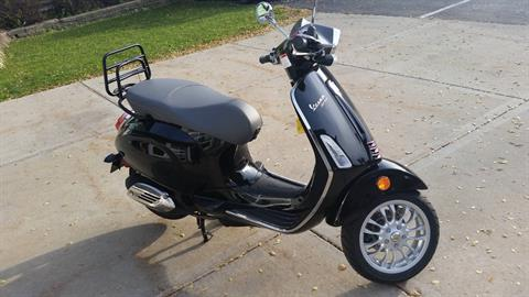 2016 Vespa Sprint 150 in Middleton, Wisconsin - Photo 3