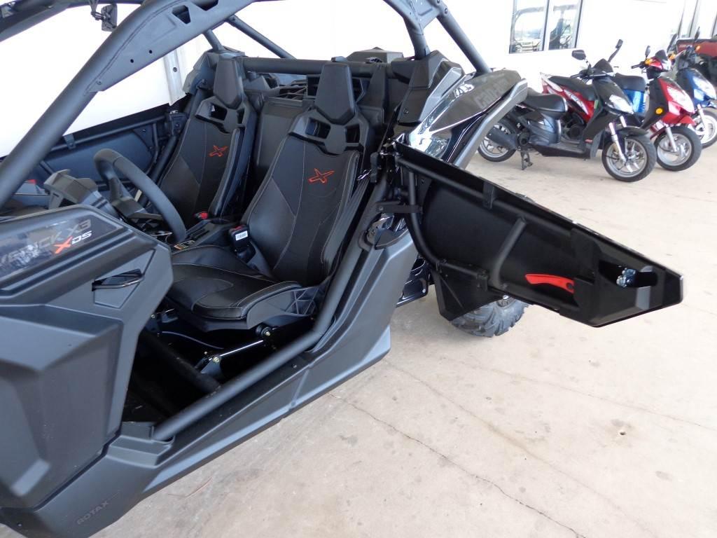 2017 Can-Am Maverick X3 X ds Turbo R in Saint Petersburg, Florida