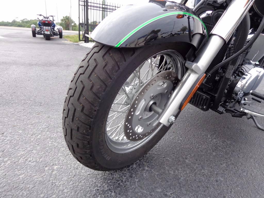 2015 Kawasaki Vulcan® 900 Classic LT in Saint Petersburg, Florida