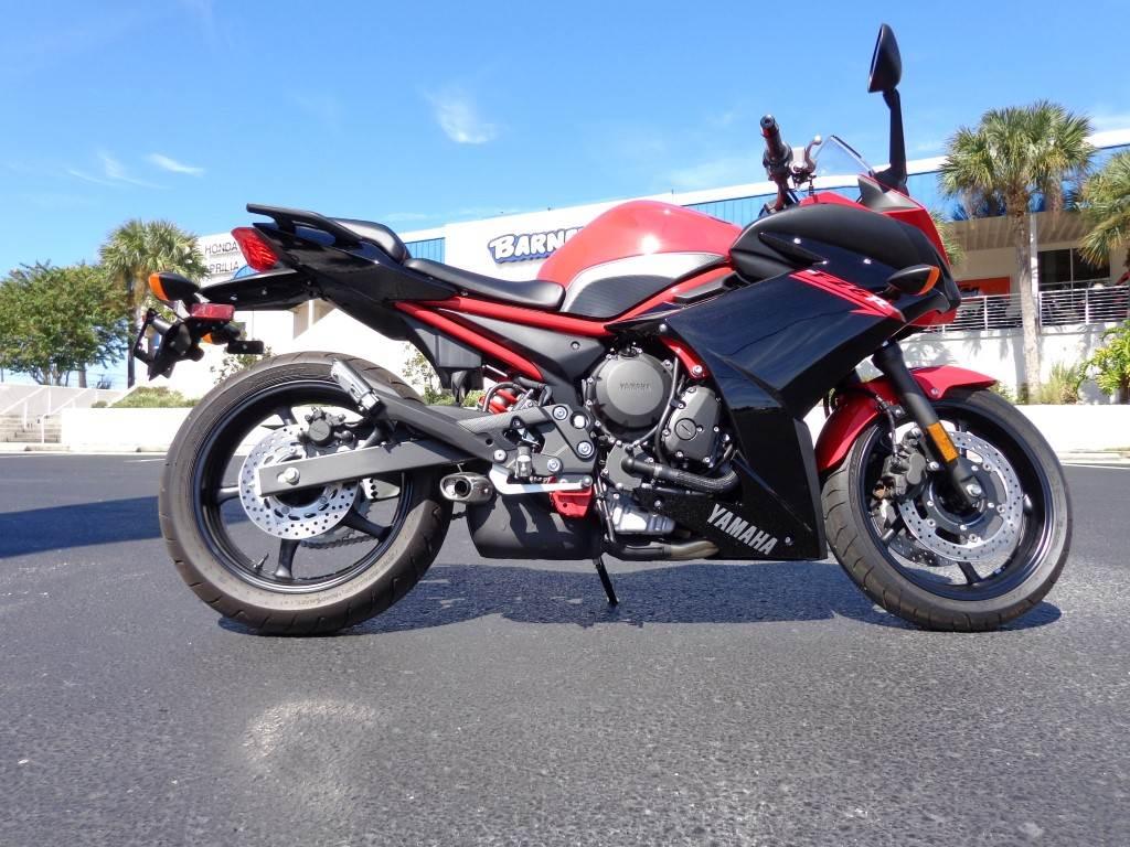 2015 Yamaha FZ6R in Saint Petersburg, Florida