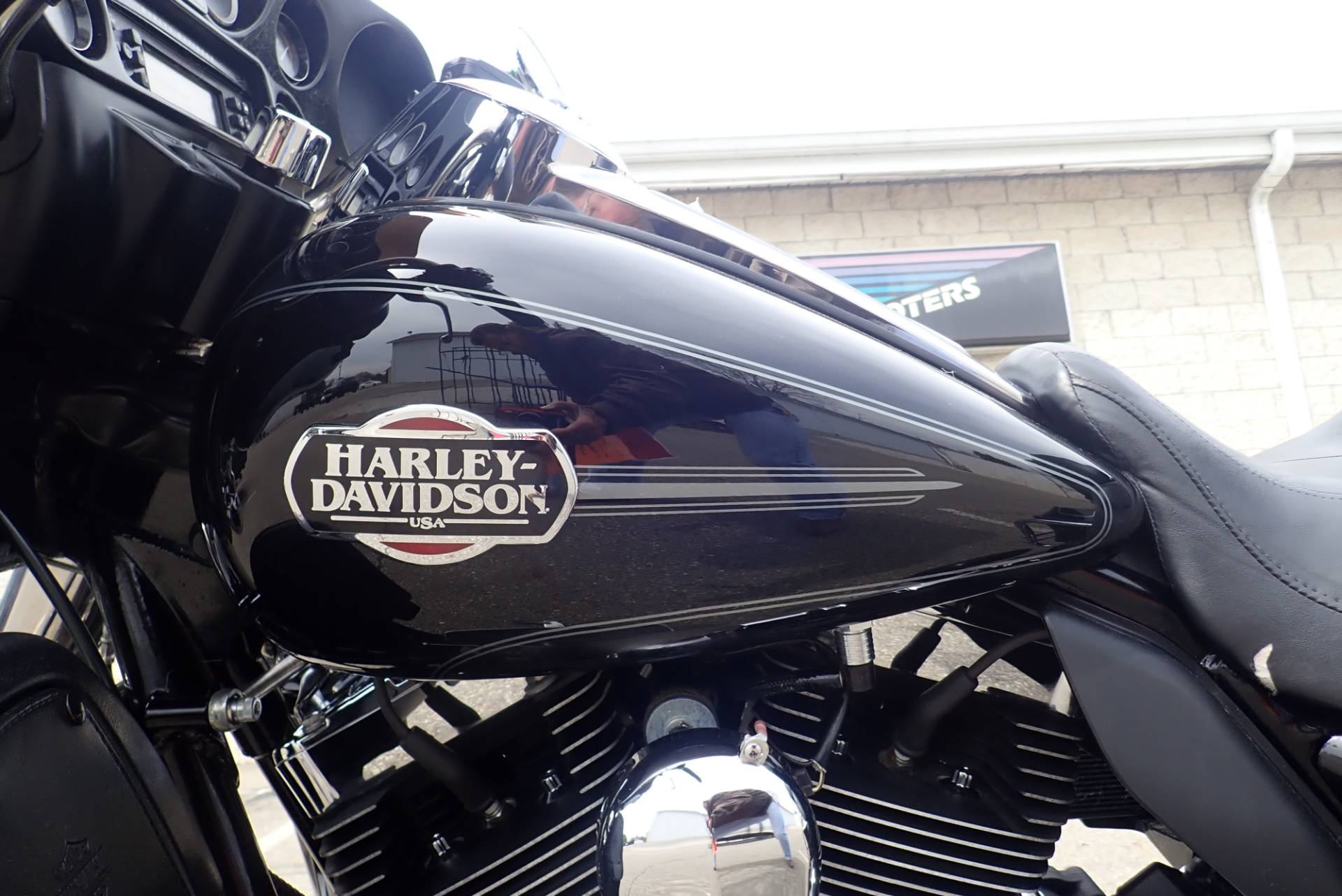 2011 Harley-Davidson Ultra Classic® Electra Glide® in Massillon, Ohio - Photo 10