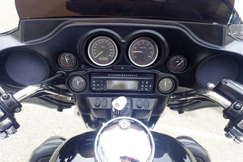 2011 Harley-Davidson Ultra Classic® Electra Glide® in Massillon, Ohio - Photo 15