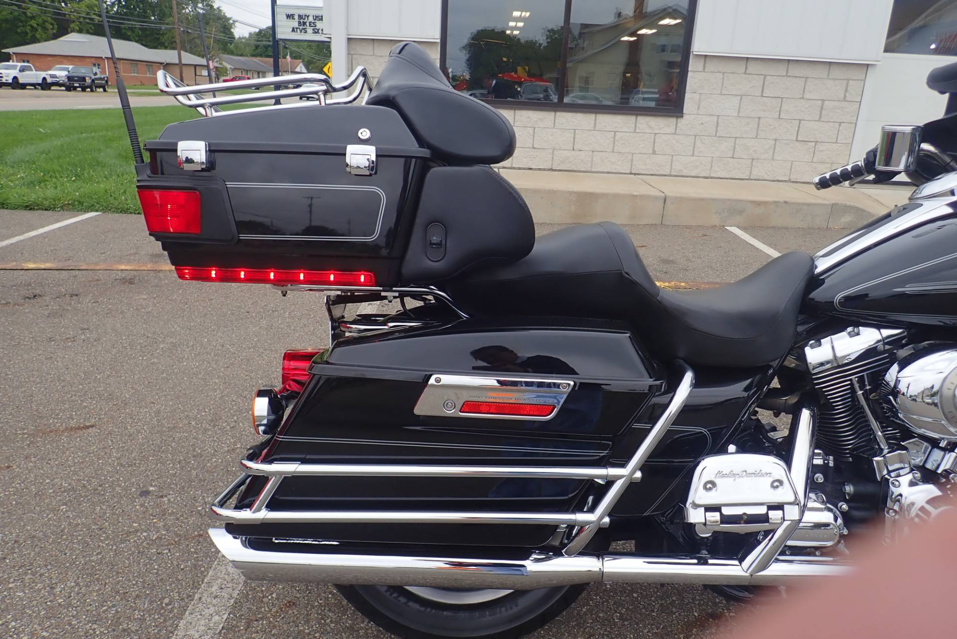 2008 Harley-Davidson Ultra Classic® Electra Glide® in Massillon, Ohio - Photo 5