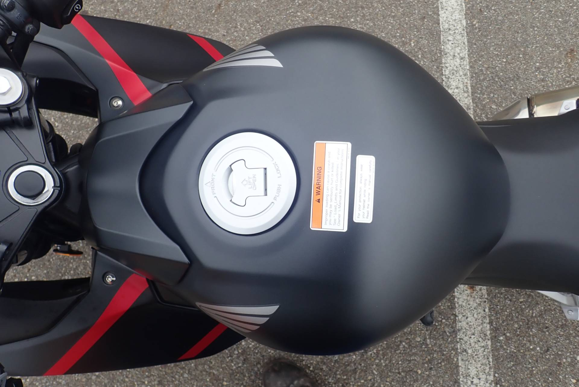 2019 Honda CBR300R in Massillon, Ohio - Photo 10