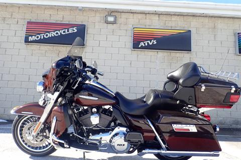 2011 Harley-Davidson Electra Glide® Ultra Limited in Massillon, Ohio - Photo 6