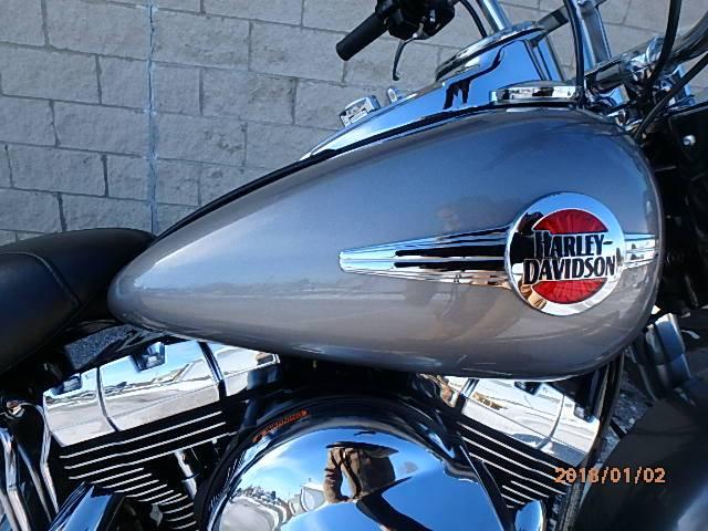 2016 Harley-Davidson Heritage Softail Classic 4