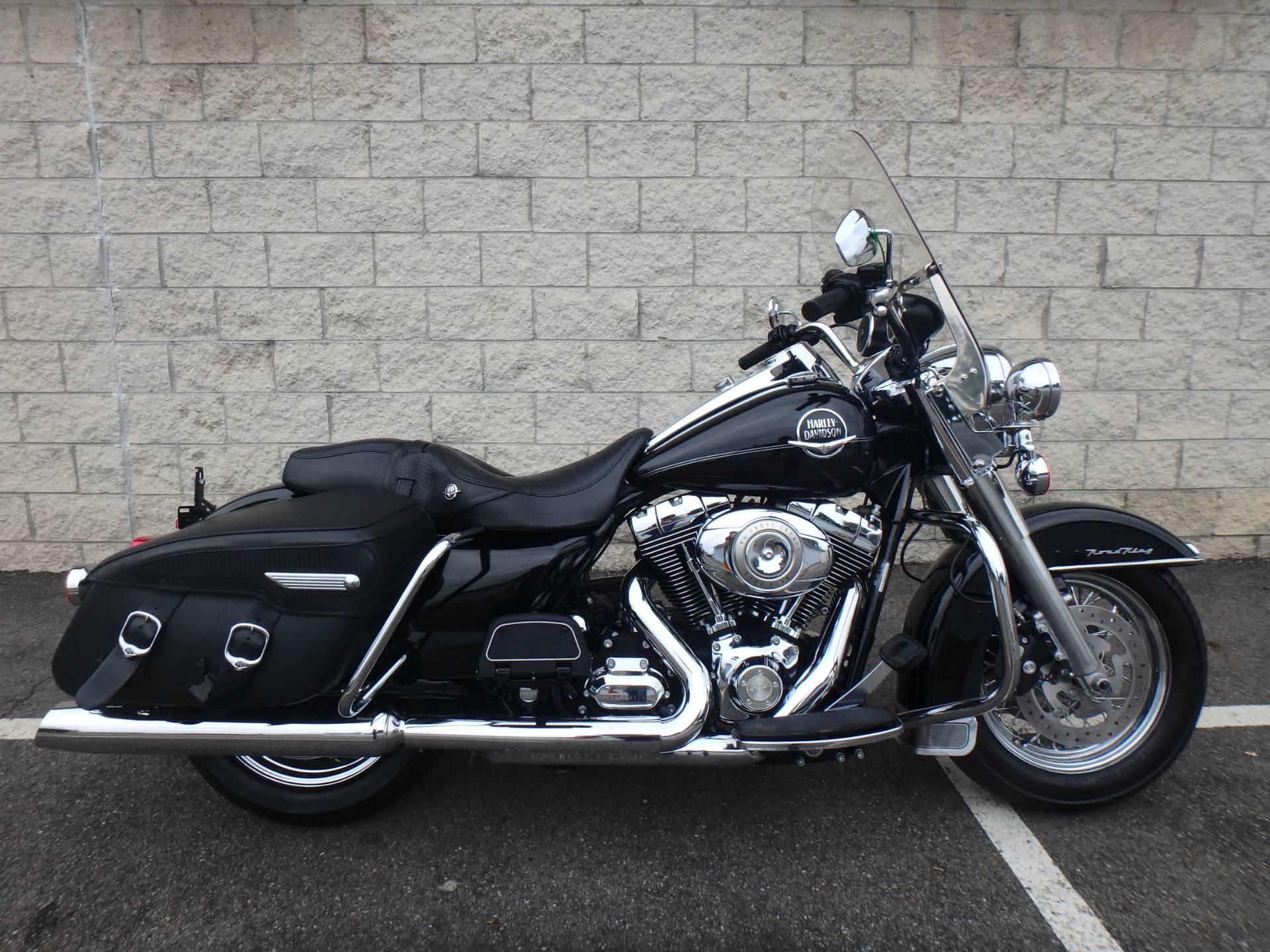 2010 Harley-Davidson Road King Classic 1