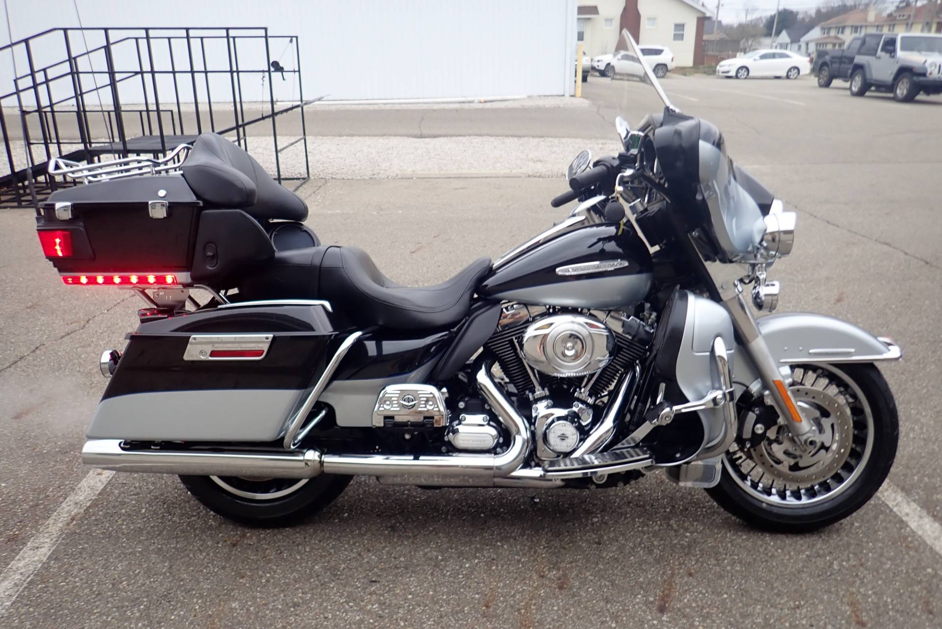 2012 Harley-Davidson Electra Glide® Ultra Limited in Massillon, Ohio - Photo 2