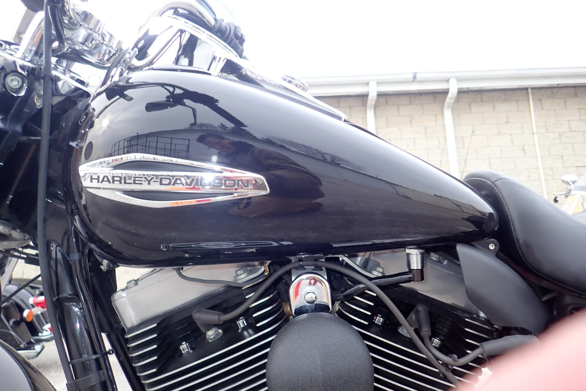 2015 Harley-Davidson Switchback™ in Massillon, Ohio - Photo 10