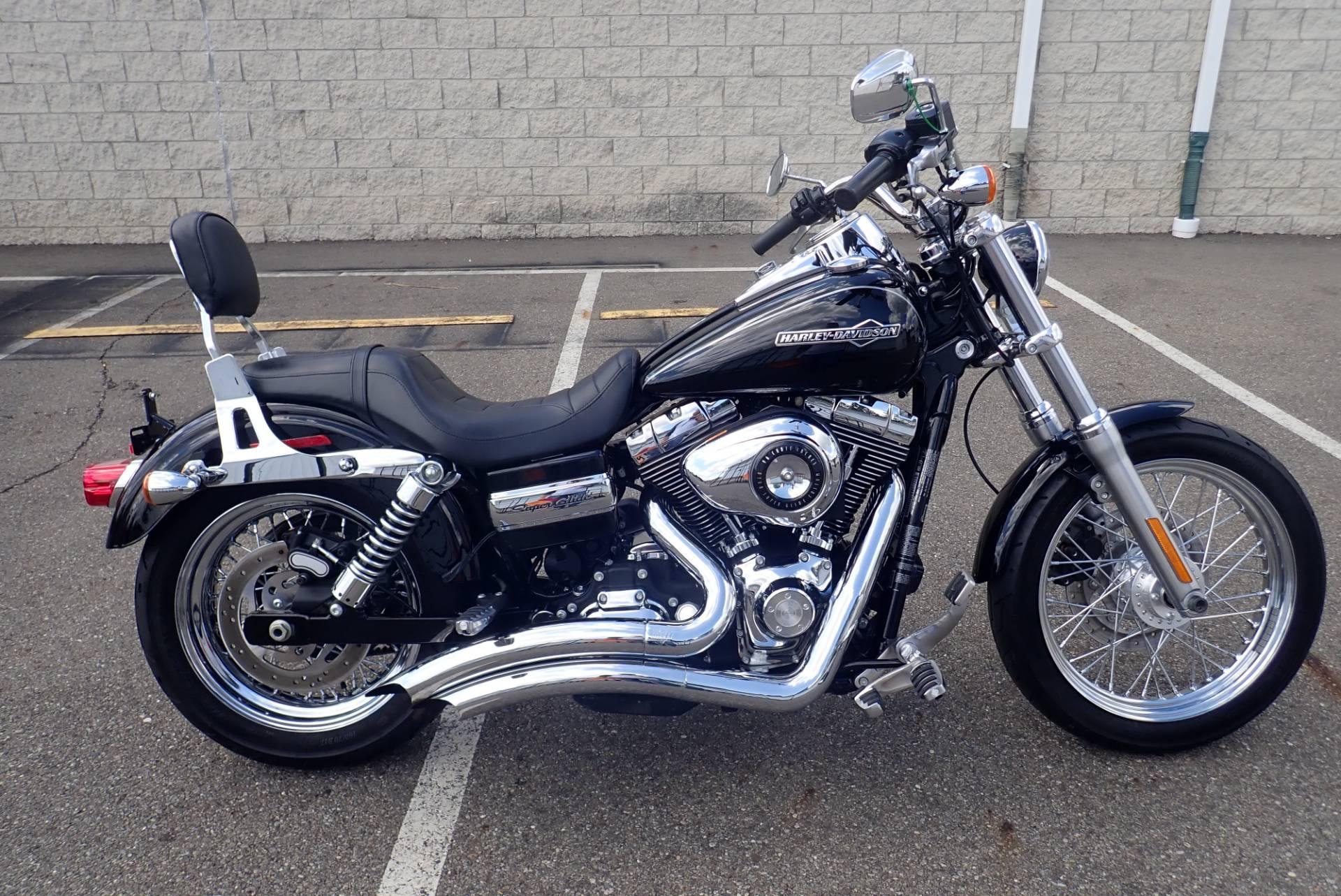 2011 Harley-Davidson Dyna® Super Glide® Custom in Massillon, Ohio
