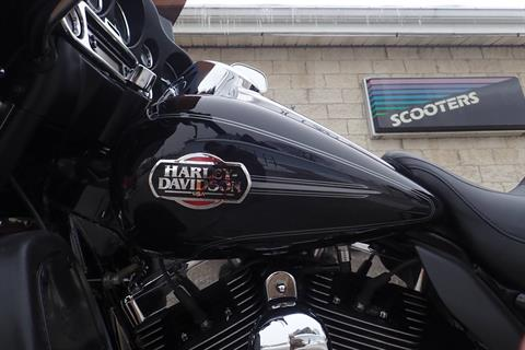 2010 Harley-Davidson Ultra Classic® Electra Glide® in Massillon, Ohio - Photo 10