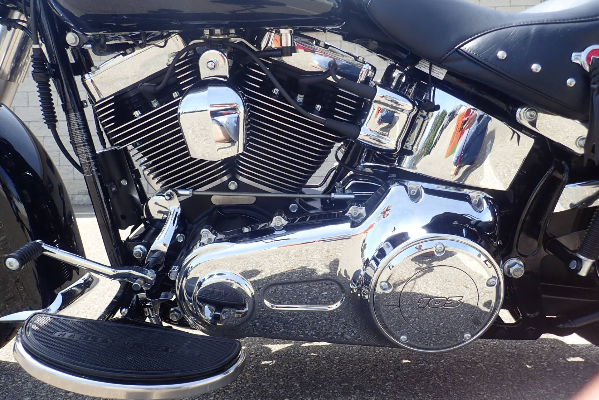 2017 Harley-Davidson Heritage Softail® Classic in Massillon, Ohio - Photo 8