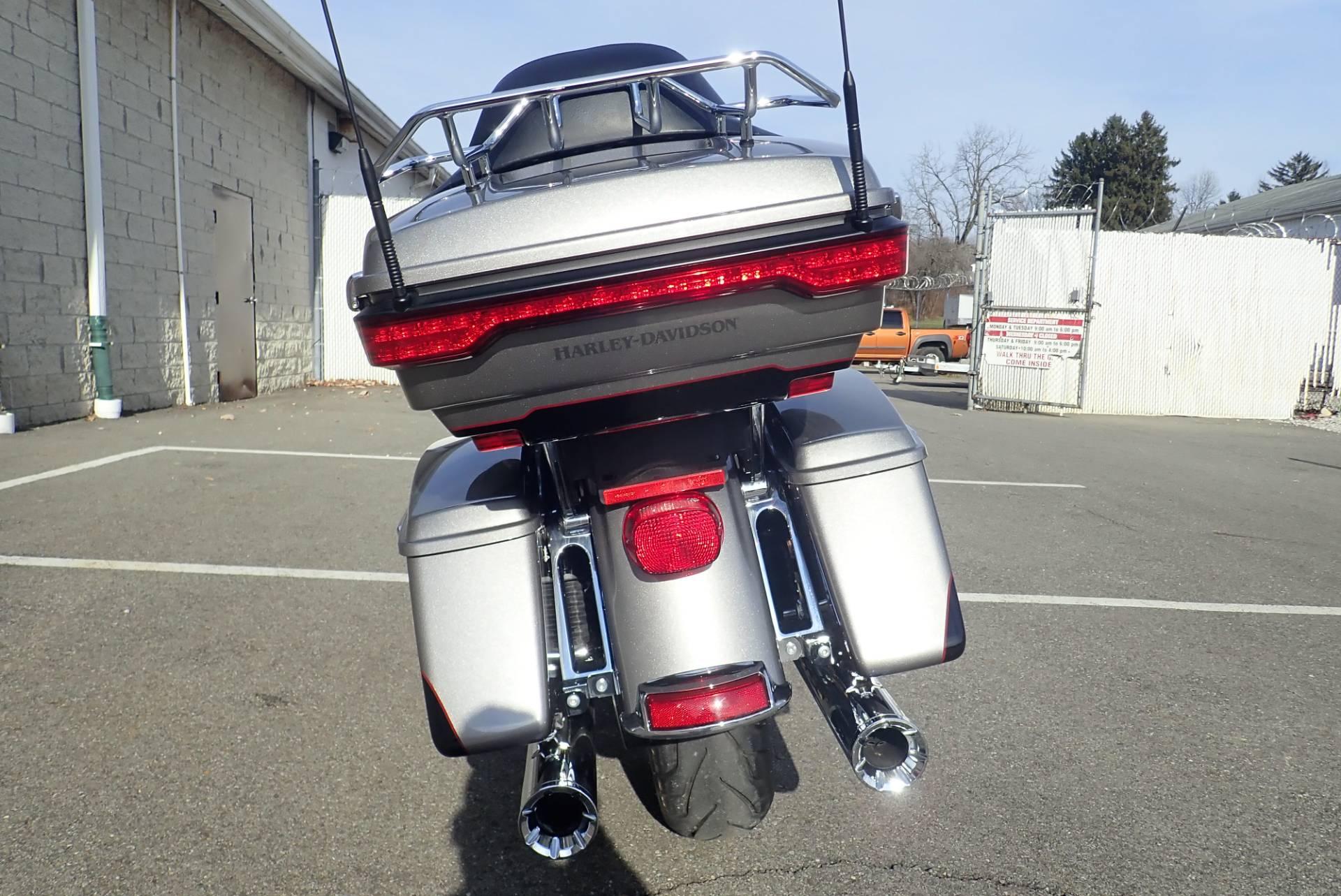 2016 Harley-Davidson Ultra Limited 12