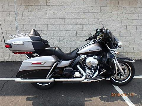2016 Harley-Davidson Ultra Limited in Massillon, Ohio