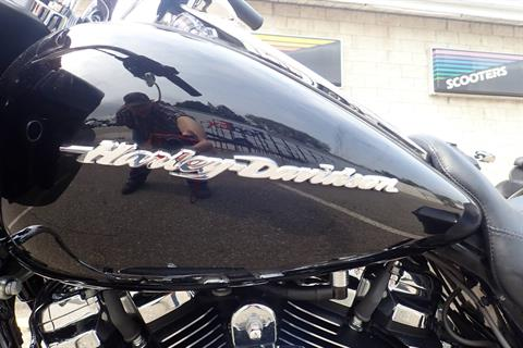 2018 Harley-Davidson Road Glide® in Massillon, Ohio - Photo 15