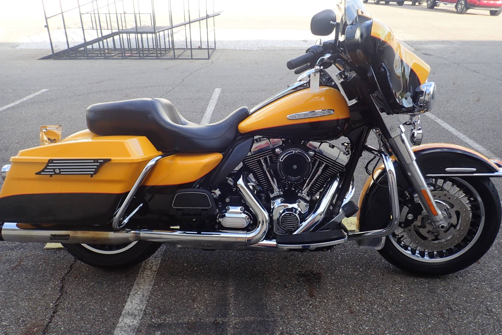 2013 Harley-Davidson Electra Glide® Ultra Limited in Massillon, Ohio - Photo 2