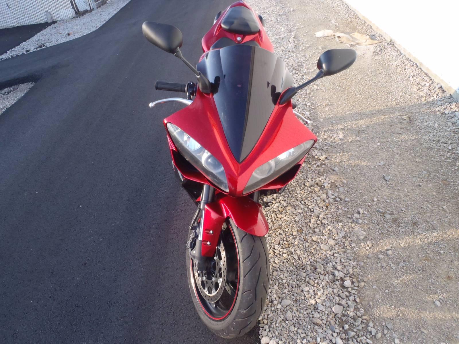 2007 Yamaha YZF-R1 8