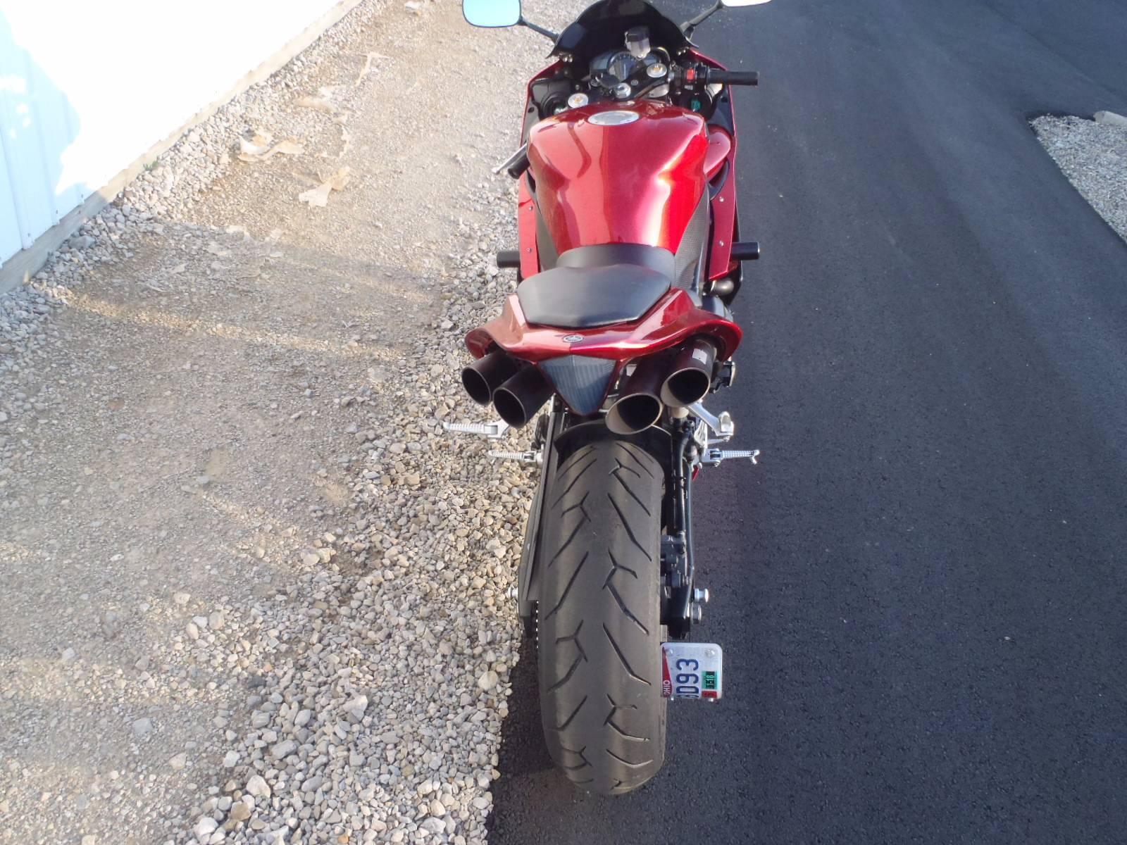 2007 Yamaha YZF-R1 9
