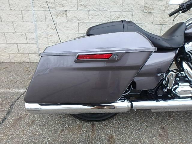 2016 Harley-Davidson Road Glide® in Massillon, Ohio
