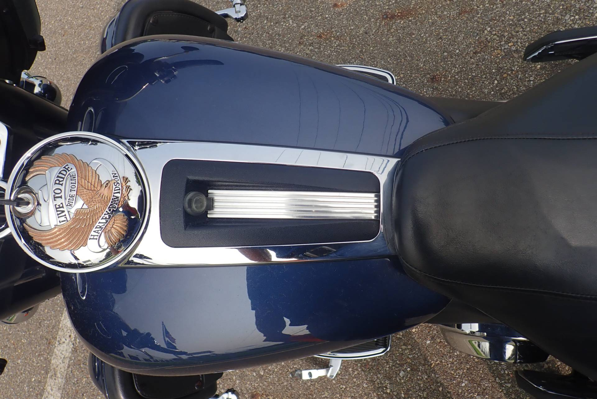 2009 Harley-Davidson Ultra Classic® Electra Glide® in Massillon, Ohio - Photo 15