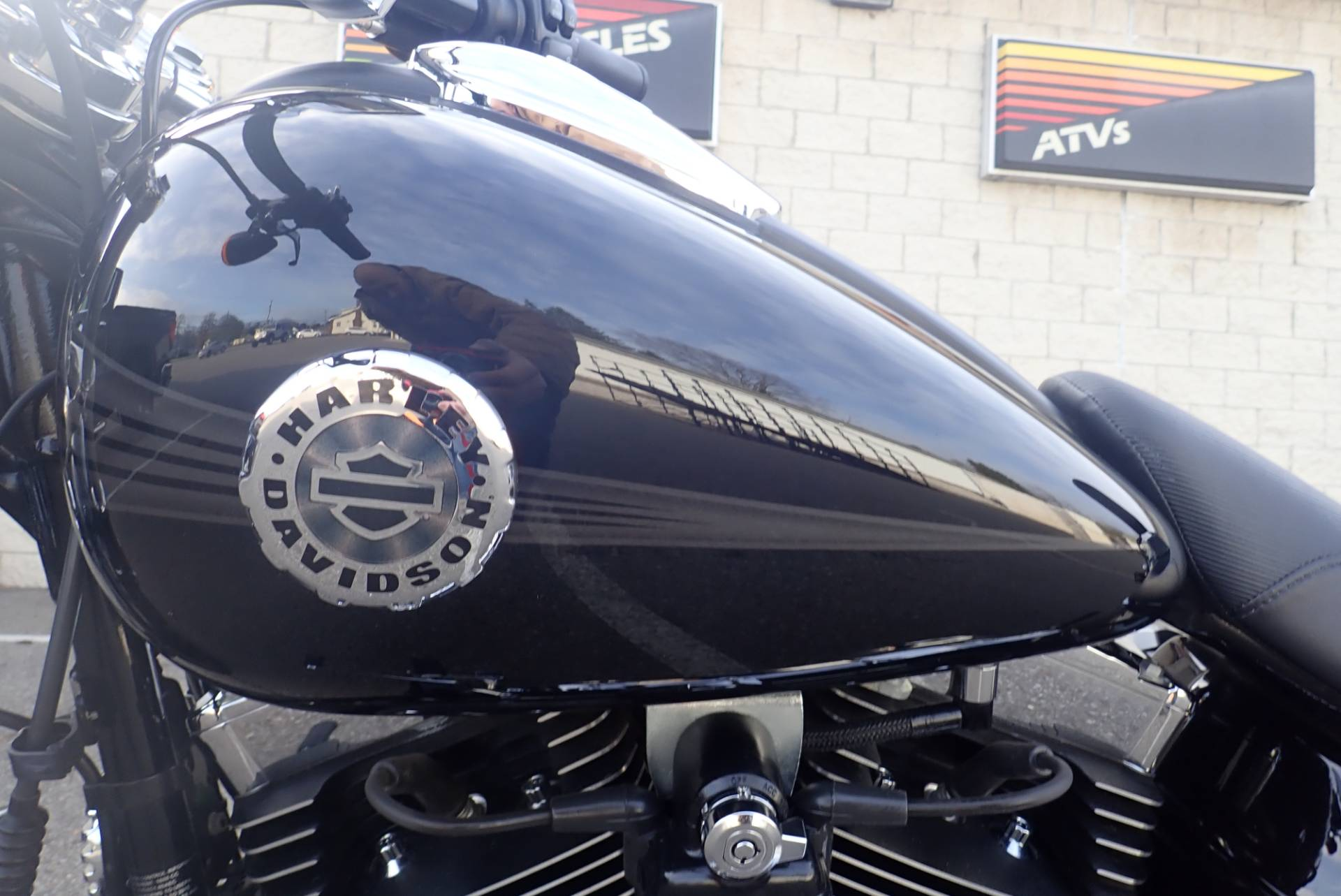 2015 Harley-Davidson Breakout® in Massillon, Ohio - Photo 17
