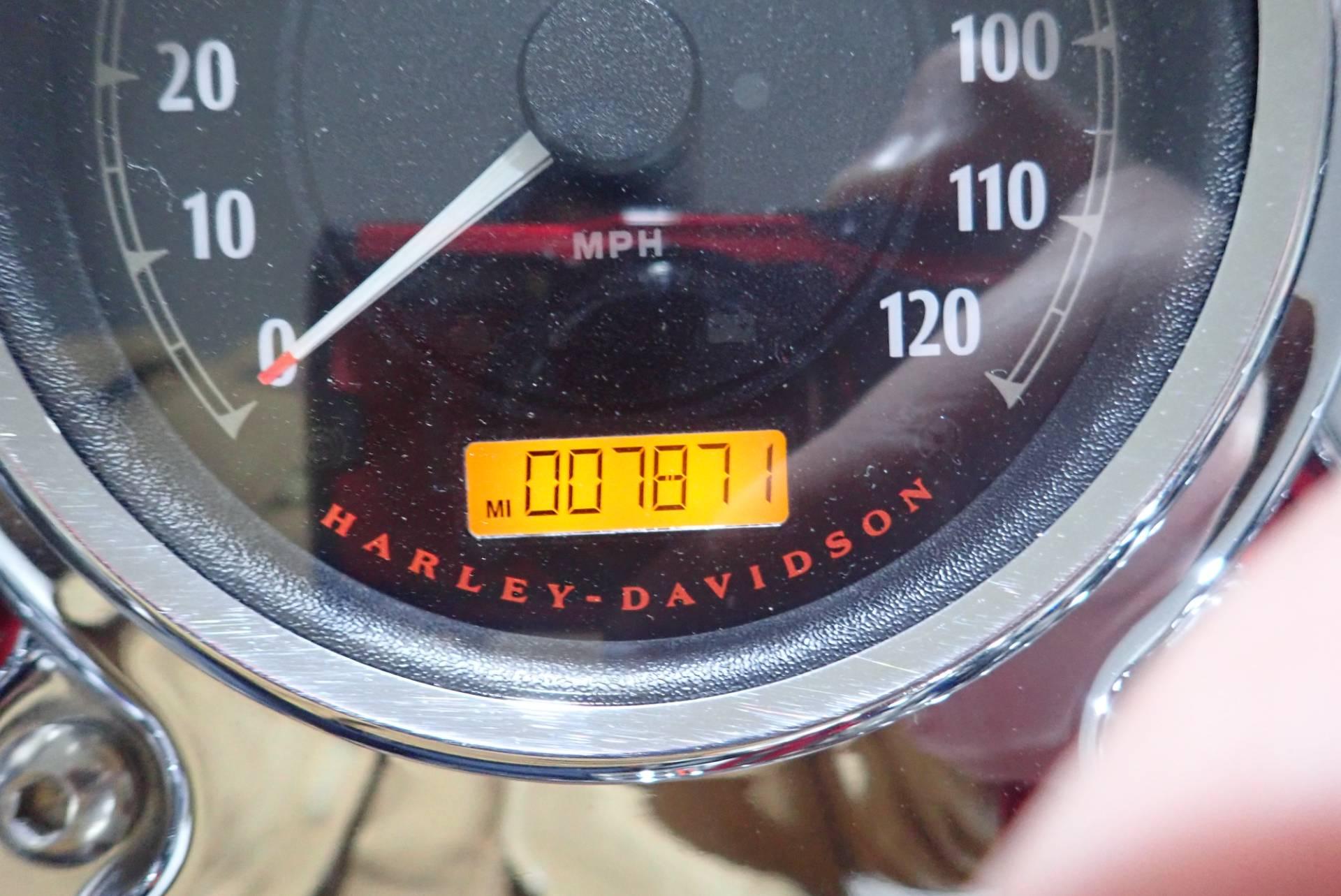 2012 Harley-Davidson Dyna Switchback 8