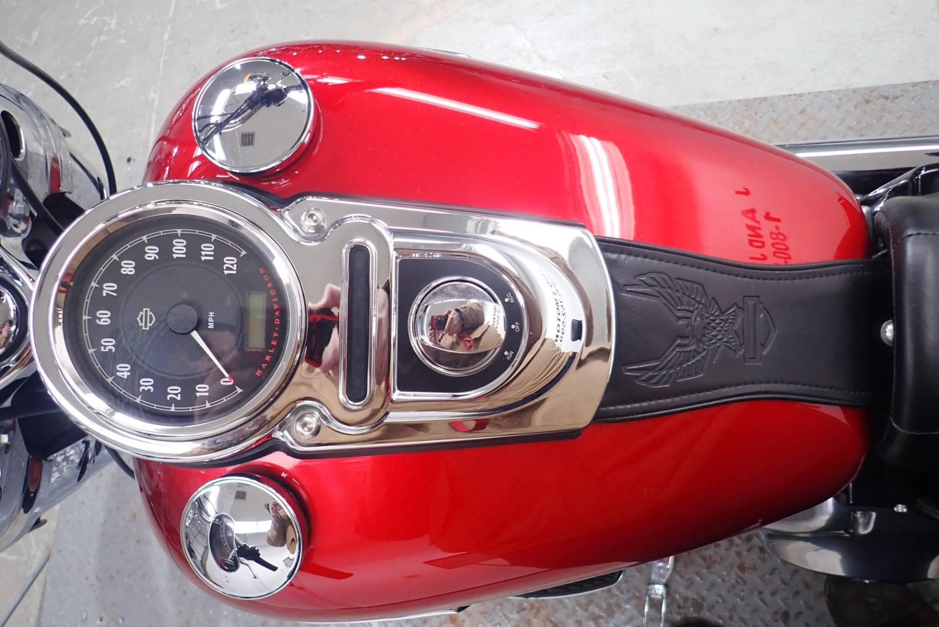 2012 Harley-Davidson Dyna Switchback 9