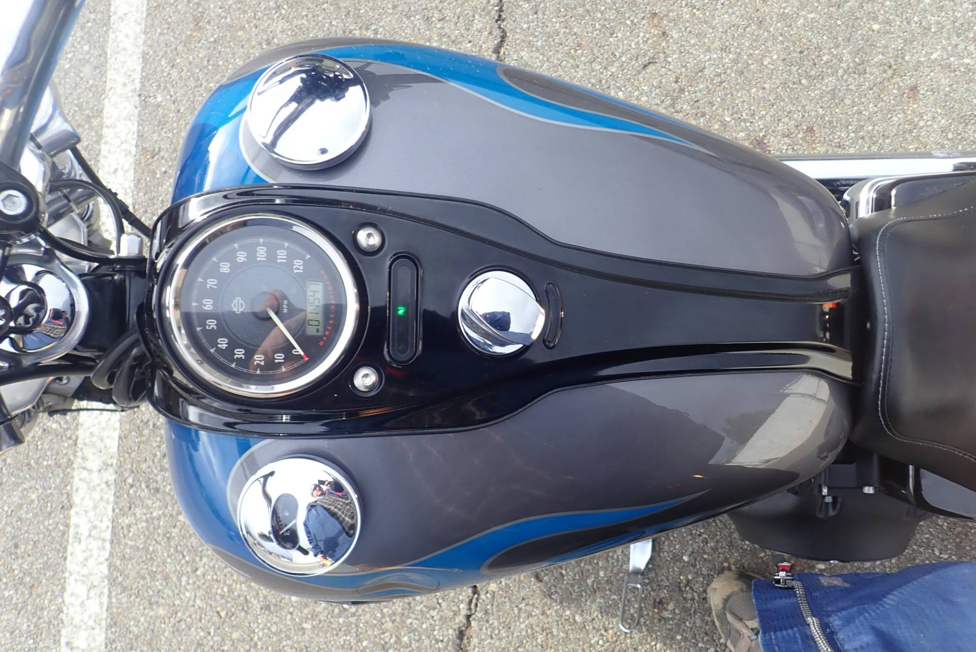 2014 Harley-Davidson Dyna® Wide Glide® in Massillon, Ohio - Photo 10
