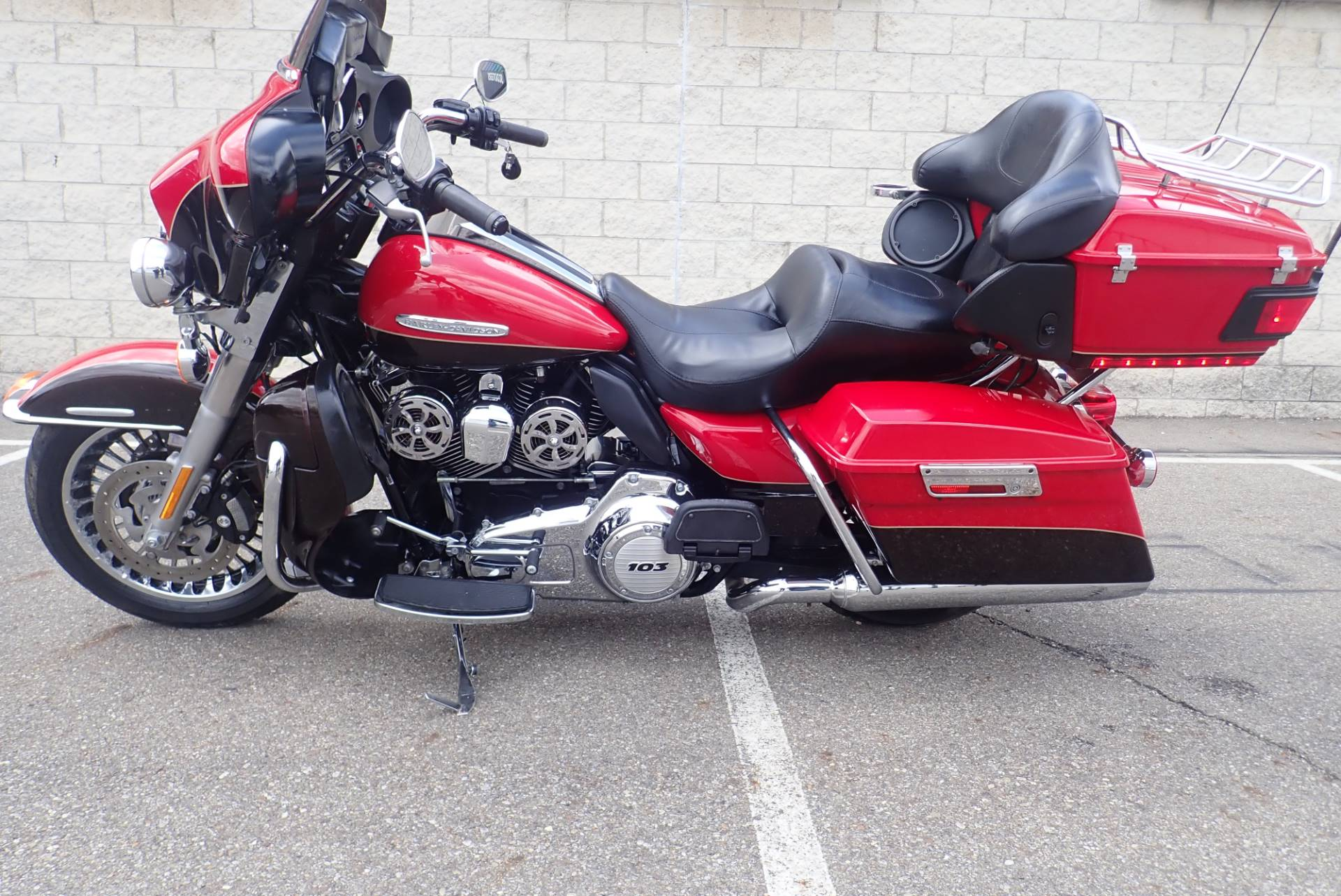 2011 Harley-Davidson Electra Glide® Ultra Limited in Massillon, Ohio - Photo 13