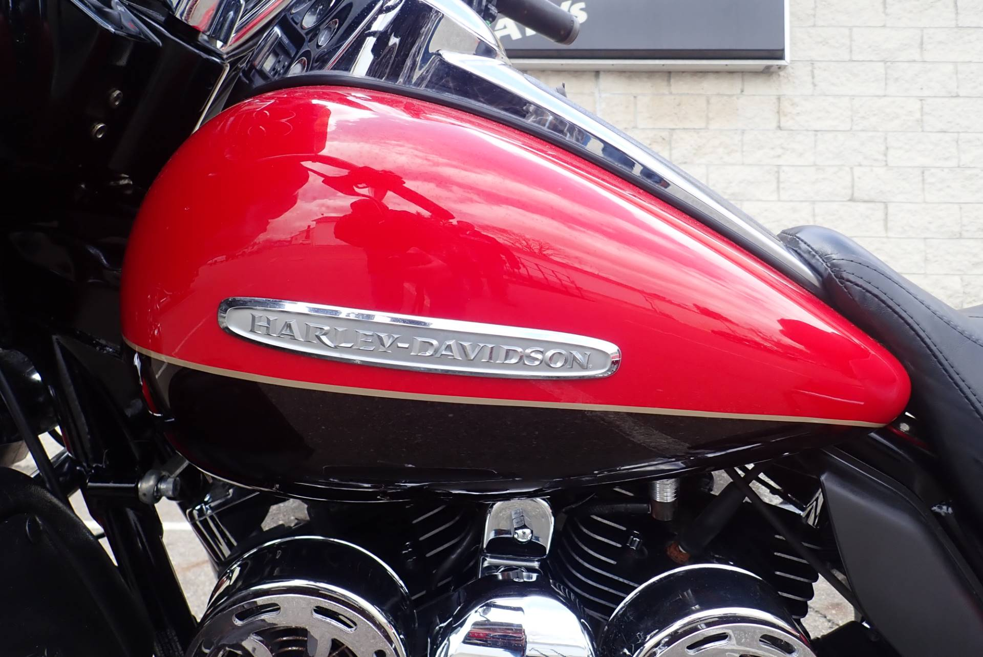2011 Harley-Davidson Electra Glide® Ultra Limited in Massillon, Ohio - Photo 15