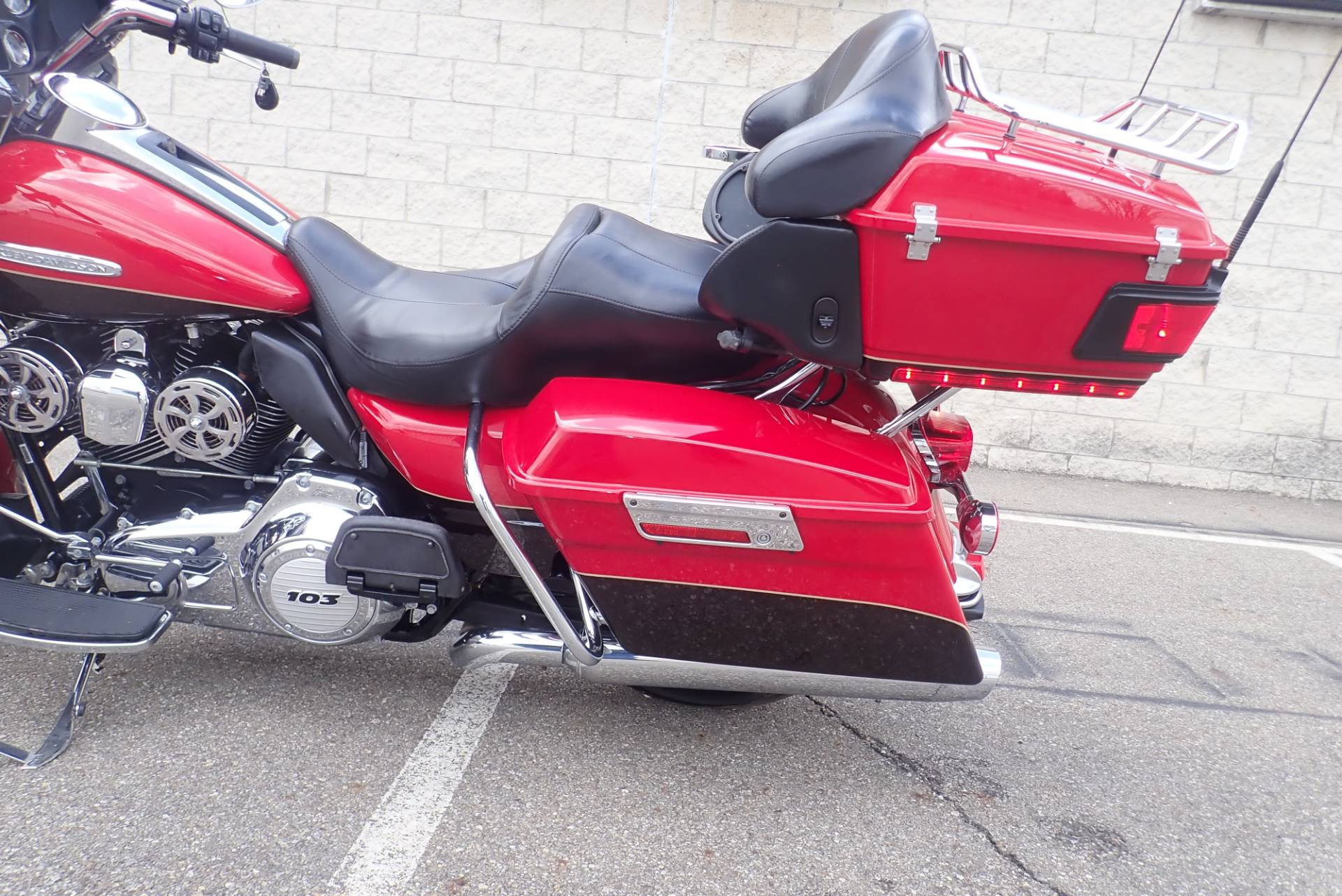 2011 Harley-Davidson Electra Glide® Ultra Limited in Massillon, Ohio - Photo 17